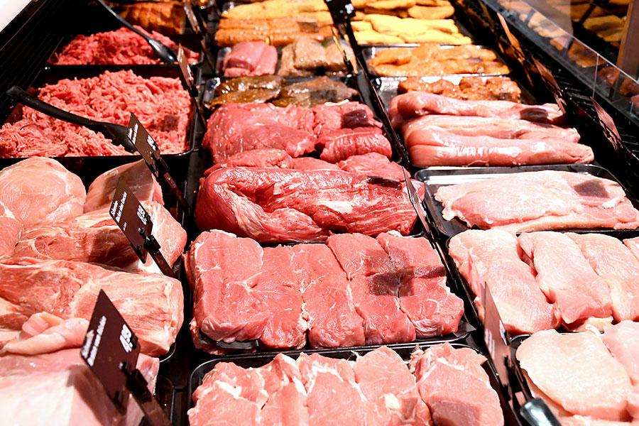 Fleisch an der Frischetheke